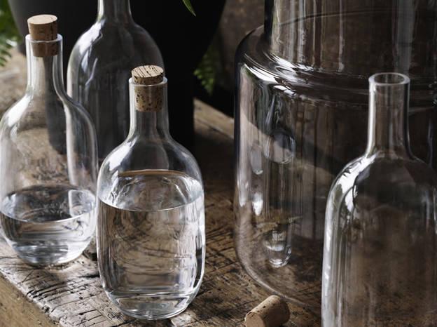 L-objet-deco-du-jour-la-bouteille-en-verre-Ikea